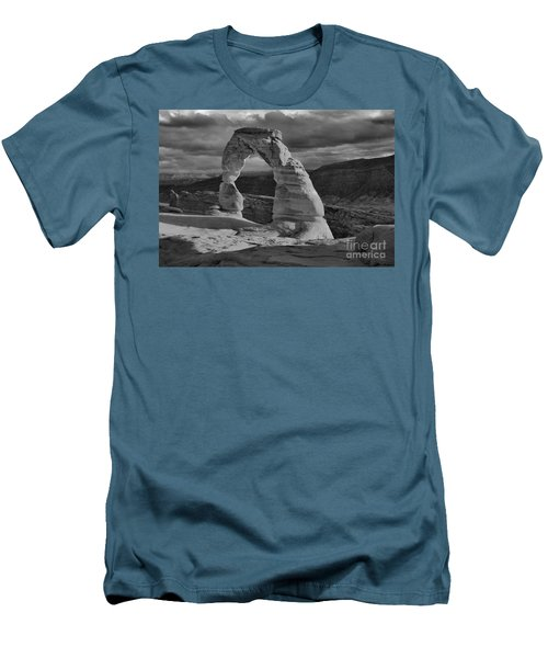 Delicate Arch Black And White Sunset Shadow Men's T-Shirt (Athletic Fit)