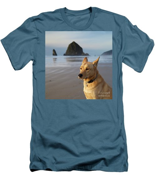 Dog Portrait @ Cannon Beach Men's T-Shirt (Athletic Fit)