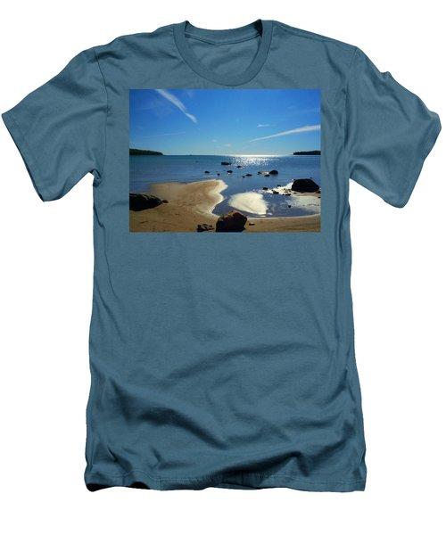 Drummond Shore 1 Men's T-Shirt (Athletic Fit)