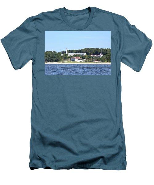 Eatons Neck Lighthouse Men's T-Shirt (Athletic Fit)