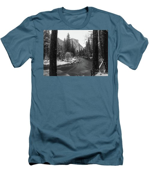 El Cap  Men's T-Shirt (Athletic Fit)