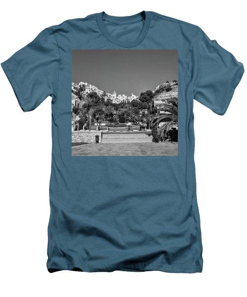 El Capistrano, Nerja Men's T-Shirt (Slim Fit) by John Edwards
