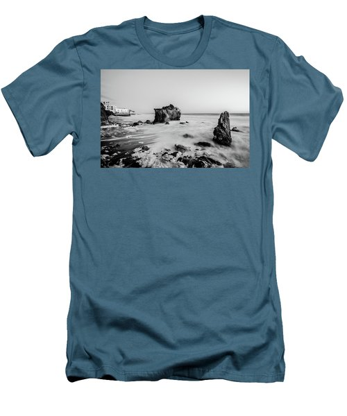 El Matador State Beach Men's T-Shirt (Athletic Fit)