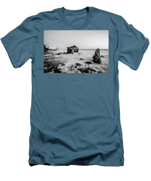 El Matador State Beach Men's T-Shirt (Athletic Fit)