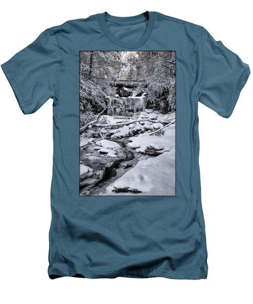 Elakala Falls Men's T-Shirt (Slim Fit)
