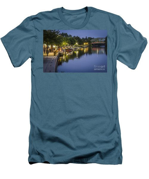 Erie Canal Stroll Men's T-Shirt (Athletic Fit)