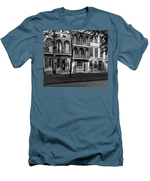 Esplanade Ave Men's T-Shirt (Athletic Fit)