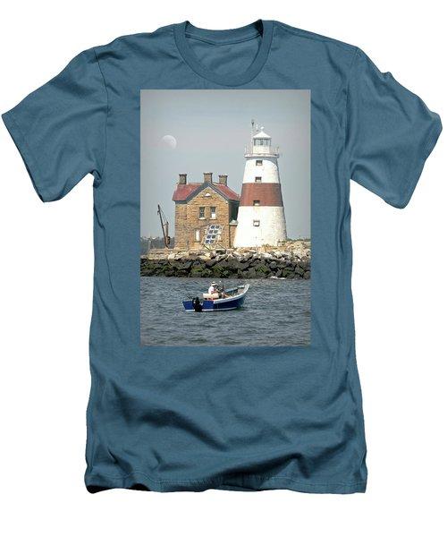 Execution Rocks Lighthouse Men's T-Shirt (Athletic Fit)