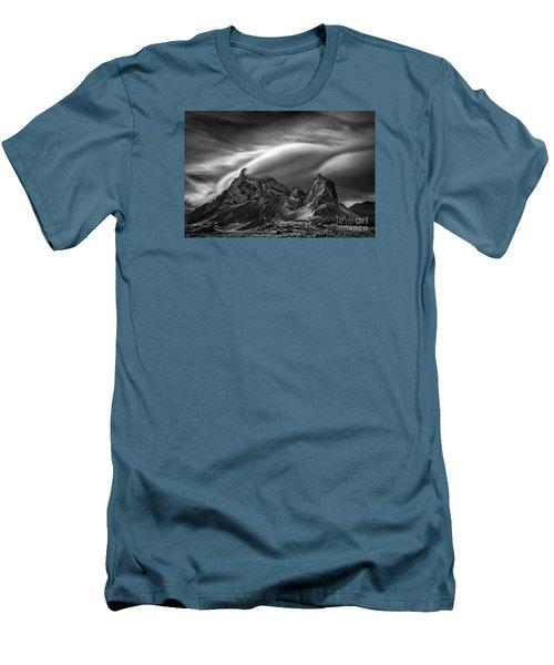 Eystrahorn, Iceland Men's T-Shirt (Athletic Fit)
