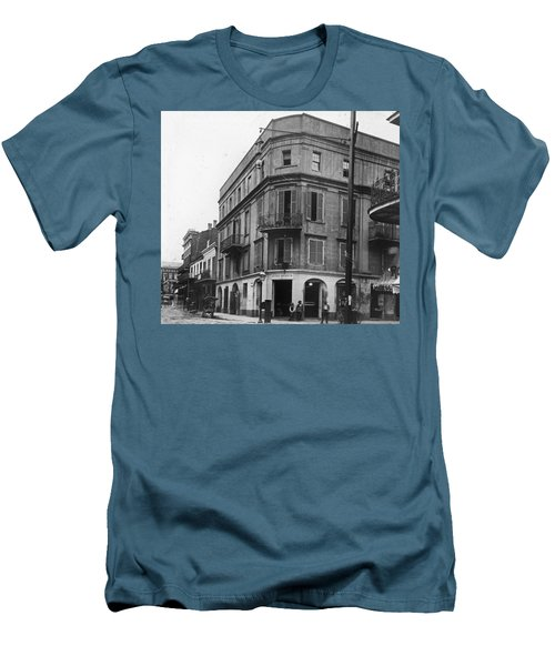 First Skyscraper Men's T-Shirt (Athletic Fit)