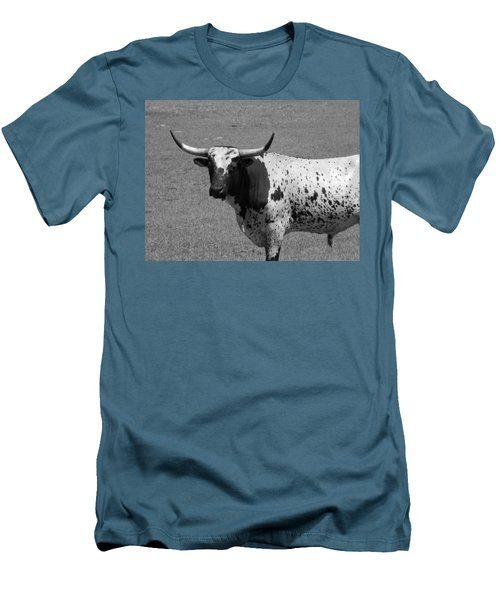 Florida Longhorn Black And White Photo Men's T-Shirt (Slim Fit) by Warren Thompson