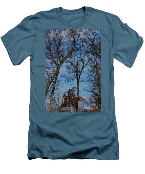 Men's T-Shirt (Slim Fit) featuring the photograph Framed In Oak - 1 by Linda Shafer