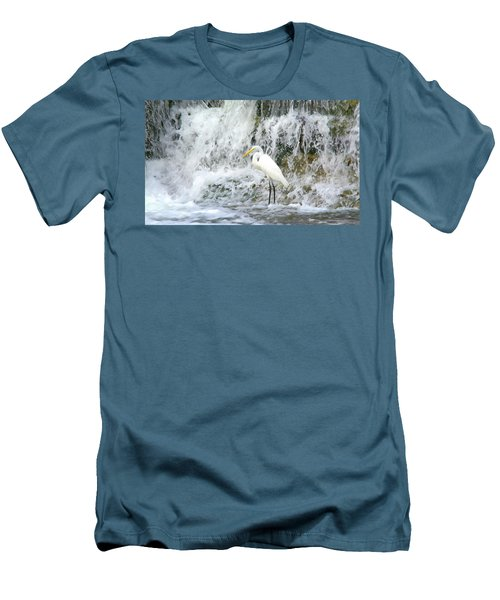 Great Egret Hunting At Waterfall - Digitalart Painting 2 Men's T-Shirt (Athletic Fit)