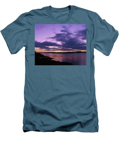 Herring Weir, Sunset Men's T-Shirt (Athletic Fit)