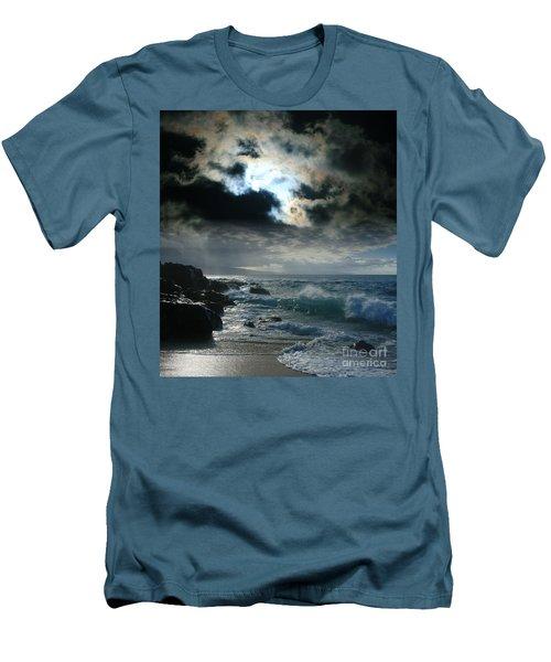 Hookipa Waiola  O Ka Lewa I Luna Ua Paaia He Lani Maui Hawaii  Men's T-Shirt (Slim Fit) by Sharon Mau