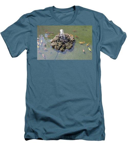 How Koi Men's T-Shirt (Athletic Fit)