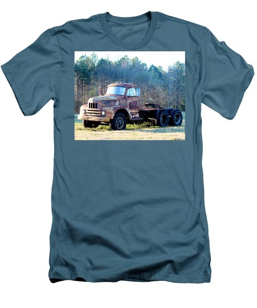 International Harvester R200 Series Truck Men's T-Shirt (Athletic Fit)