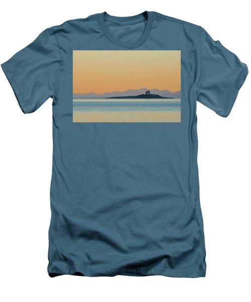 Islet Men's T-Shirt (Athletic Fit)