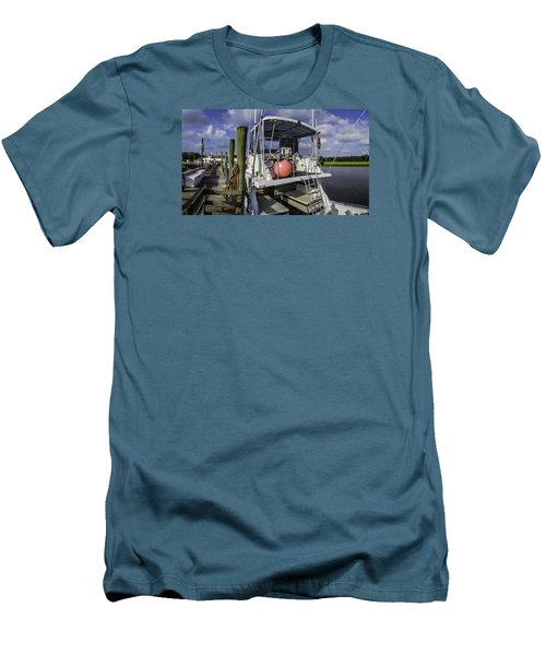 It's A Beautiful Day Men's T-Shirt (Slim Fit) by David Smith