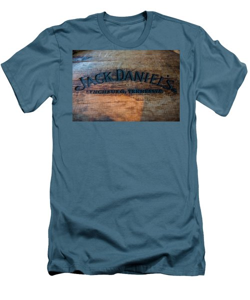 Jack Daniels Oak Barrel Men's T-Shirt (Athletic Fit)