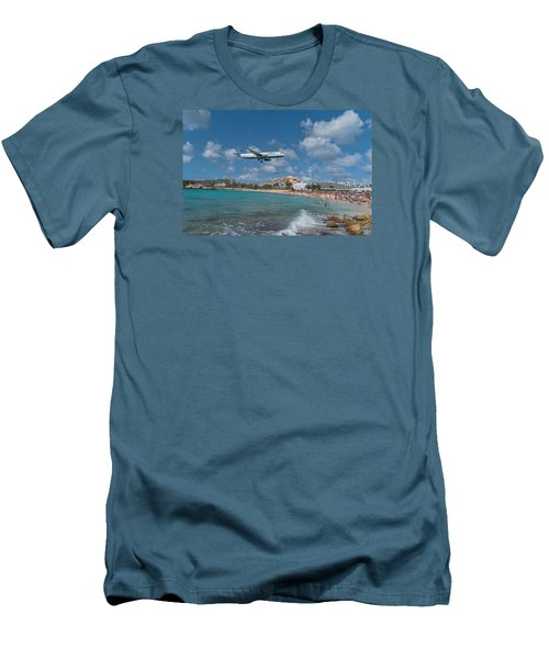 jetBlue at St. Maarten Men's T-Shirt (Slim Fit) by David Gleeson