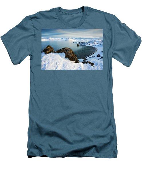 Lake Kleifarvatn Iceland In Winter Men's T-Shirt (Slim Fit) by Matthias Hauser