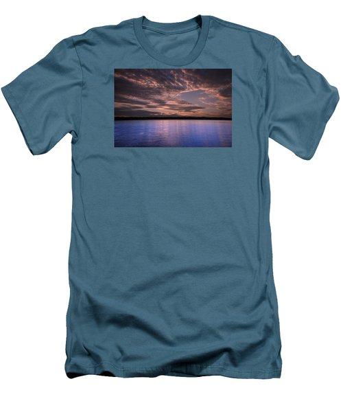 Lake Sunset Xv Men's T-Shirt (Slim Fit)