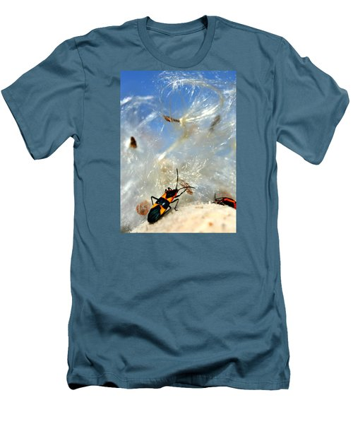 Large Milkweed Bug Men's T-Shirt (Athletic Fit)