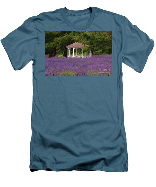 Lavender Gazebo Men's T-Shirt (Athletic Fit)