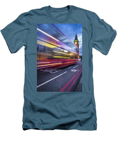 London Classic Men's T-Shirt (Athletic Fit)