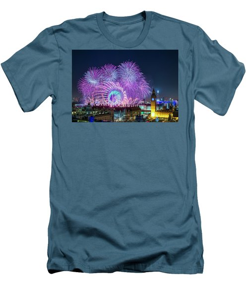 London New Year Fireworks Display Men's T-Shirt (Athletic Fit)
