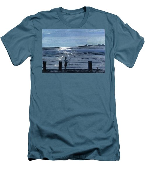 Lone Fisherman On Worthing Pier Men's T-Shirt (Athletic Fit)