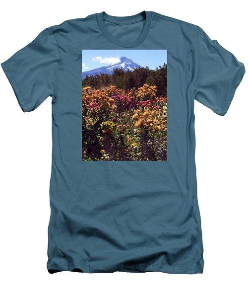 Majestic Mount Hood  Men's T-Shirt (Slim Fit)