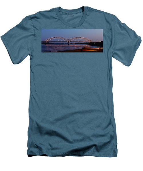 Memphis - I-40 Bridge Over The Mississippi 2 Men's T-Shirt (Athletic Fit)