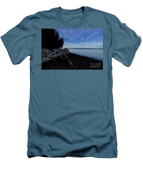 Morning Walk Seahurst Park. Men's T-Shirt (Athletic Fit)