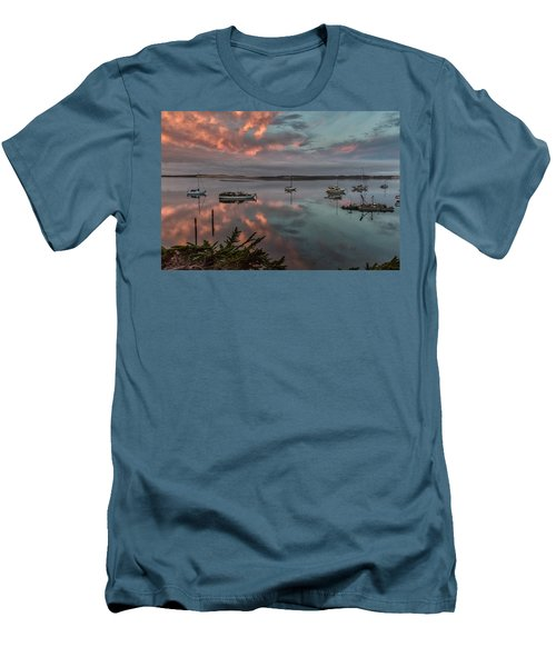 Morrow Bay Men's T-Shirt (Athletic Fit)