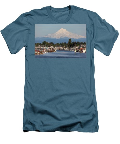 Mount Hood And Columbia River House Boats Men's T-Shirt (Athletic Fit)