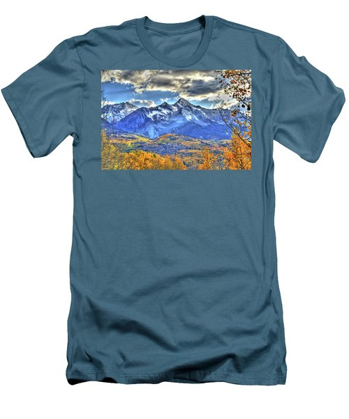 Mount Wilson Men's T-Shirt (Slim Fit) by Scott Mahon