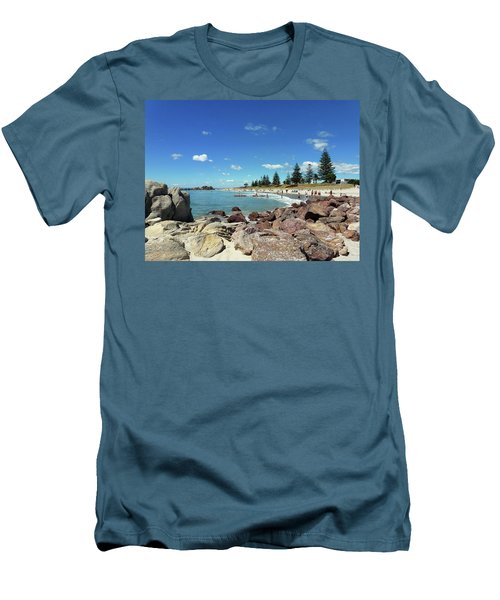 Mt Maunganui Beach 3 - Tauranga New Zealand Men's T-Shirt (Athletic Fit)