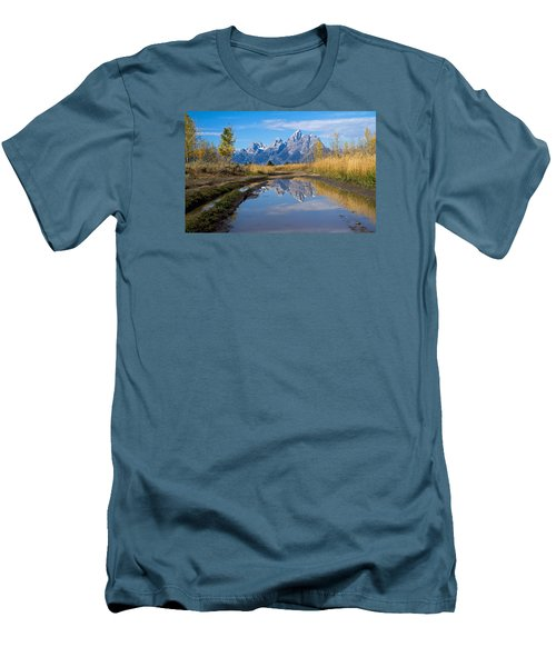 Mud Puddle Reflection Men's T-Shirt (Athletic Fit)