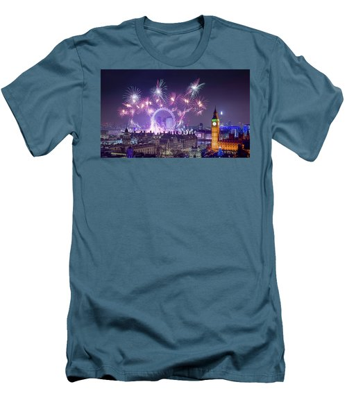 New Year Fireworks London Men's T-Shirt (Athletic Fit)