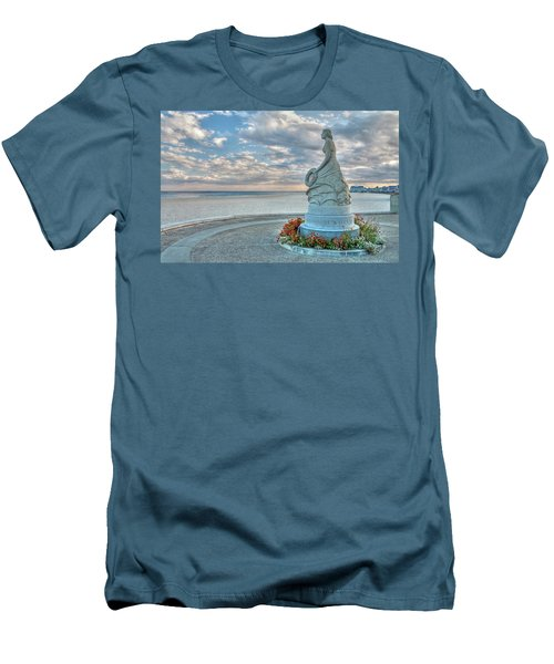 New Hampshire Marine Memorial Men's T-Shirt (Athletic Fit)