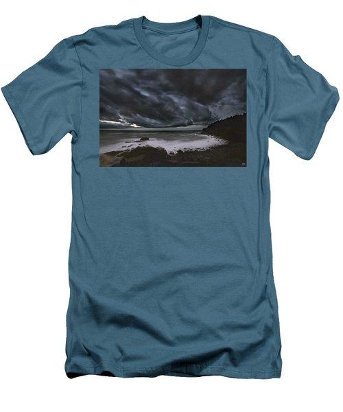 Night At Boulder Beach Men's T-Shirt (Slim Fit)