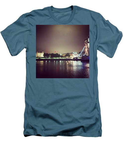 Nighttime In London Men's T-Shirt (Athletic Fit)