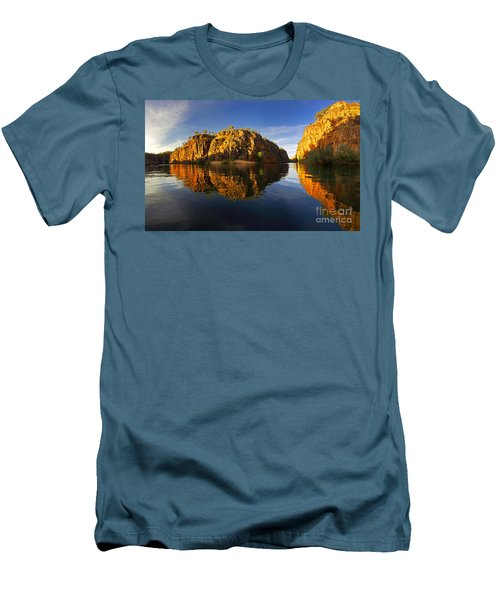Nitimiluk Men's T-Shirt (Slim Fit) by Bill Robinson
