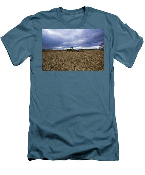 North Fork Tractor Men's T-Shirt (Athletic Fit)