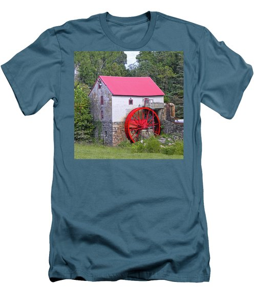 Old Mill Of Guilford Squared Men's T-Shirt (Slim Fit) by Sandi OReilly