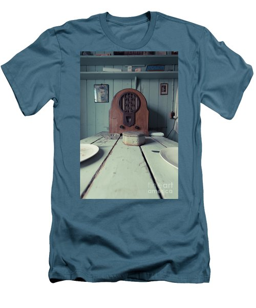 Men's T-Shirt (Athletic Fit) featuring the photograph Old Time Kitchen Table by Edward Fielding