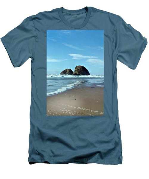 Oregon Coast 8 Men's T-Shirt (Athletic Fit)