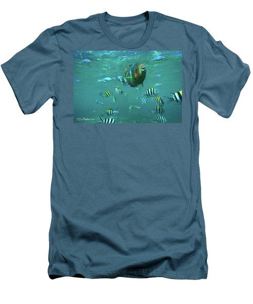 Parrot Fish Men's T-Shirt (Athletic Fit)